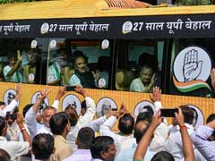 Sheila Dikshit Rides Bus To UP As Congress Launches Poll Campaign