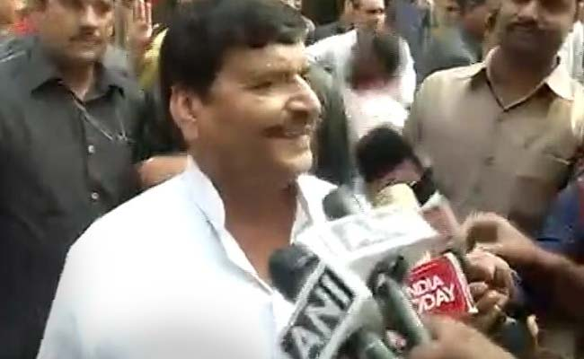 'Helicopter Tere Baap Ka Hai?' Shivpal Yadav's Default Mode Was Attack