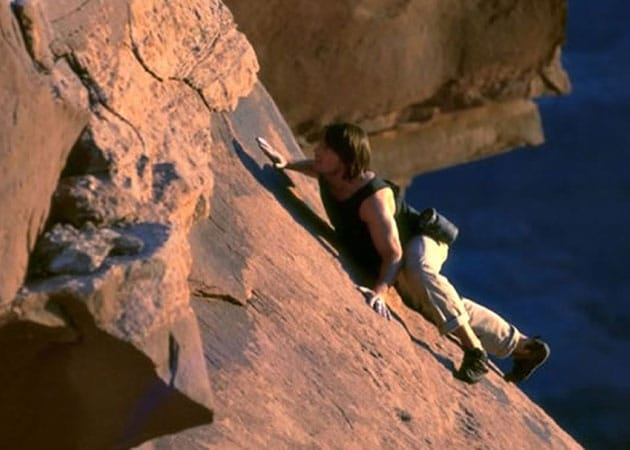 Tom Cruise Mission Impossible 2 Rock Climbing | www ... Tom Cruise Mission Impossible 2 Rock Climbing
