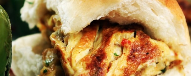 Mid-meal cravings? How about an omelette pav?