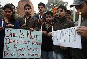 Delhi Gang-rape  Peedita Ke Parijanon Ne Sabhi Aaropiyon Ke Liye Faansi Ki Maang Ki