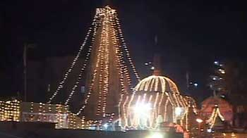 Video : Diwali celebrated with fervour in Pakistan