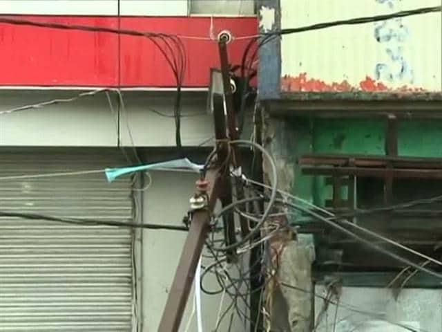 Video : Powerless in Ganjam: 1 lakh poles damaged