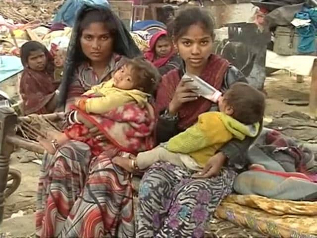 Video : Babies born in the cold, on the road in Delhi