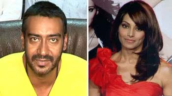 Video : Ajay turns to small screen, Bips and Shahid have split