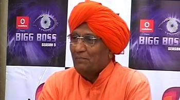 Video : Thumbs down for Swami's Bigg Boss stint