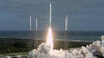 Video : NASA launches super-size rover to Mars
