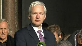 Video : Assange allowed to continue extradition fight