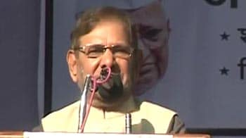 Video : Need Lokpal debate in parliament, call special session or extend this one: Sharad Yadav
