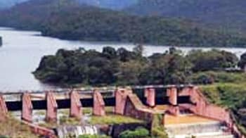 Video : Mullaperiyar row: Reducing water in dam not necessary, says Supreme Court