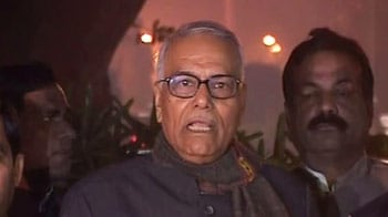 Video : Govt has lost moral authority, PM should resign: Yashwant Sinha