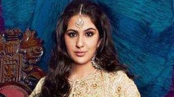 Video : Saif-Amrita's daughter graces magazine cover