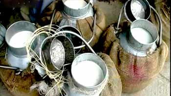 Video : दूध के नाम पर बेचा जा रहा है जहर