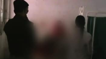 Video : गैंग रेप के बाद लड़की को जिंदा जलाया