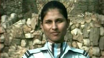 Video : In a first, a woman leads IAF unit on R-Day