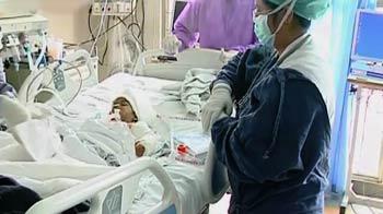 Video : एम्स से एक घायल बच्ची की कहानी