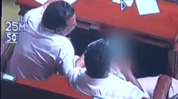 Video : Karnataka ministers filmed watching porn in Assembly resign