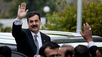 Video : Pakistan PM Gilani indicted for contempt of court