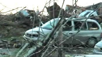 Video : 27 dead as tornadoes rip central US
