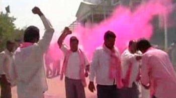 Video : In Andhra Pradesh by-polls, pro-Telangana TRS scores big