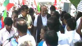 Video : Kudankulam nuclear plant row: MDMK chief Vaiko arrested