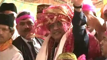 Video : Asif Ali Zardari visits Ajmer Dargah
