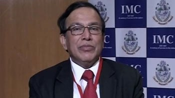 Video : A CRR cut of 0.75% would be effective: Pratip Chaudhuri