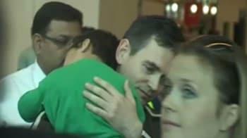 Video : Norway custody row ends; children arrive in India