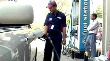 Video : Petrol Prices cut by Rs. 2 per litre, new prices from midnight