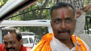 Video : Sanjay Joshi quits BJP, a day after more anti-Modi posters appear