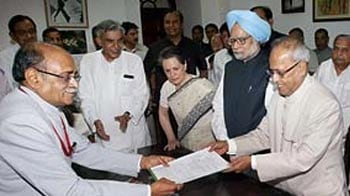 Video : Pranab's nomination accepted; resignation letter 'fake', says BJP