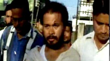 Video : Akhil Gogoi, Team Anna member, attacked in Assam; one Congress worker arrested