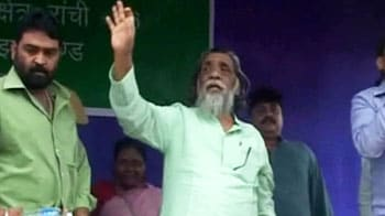 Video : Jharkhand land row: Shibu Soren wooing villagers?