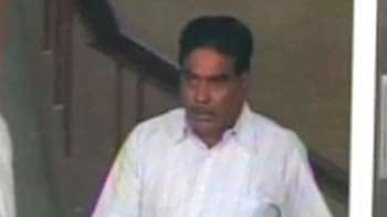 Video : Bail-for-sale: Arrested judge says 100 crores was offered by politician's family