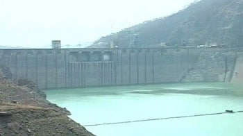 Video : Bhakhra Dam water level dangerously low; worry for three states