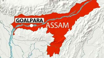 Video : Blast in Assam: Army vehicles attacked; one dead, 7 injured