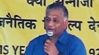 Video : Anna must bring true form of democracy, says former Army Chief at Jantar Mantar