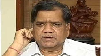 Video : Don't leave, whole Karnataka govt is with you: Jagadish Shettar
