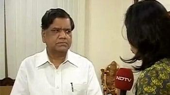 Video : You are safe in Karnataka, Jagadish Shettar assures North-Eastern community