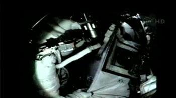 Video : Sunita Williams does her fifth spacewalk