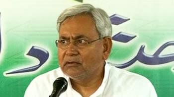 Video : Nitish Kumar slams Raj Thackeray for 'migrant' remark, asks Centre to take action