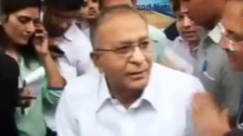 Video : No immediate plan to increase fuel prices: Oil Minister Jaipal Reddy