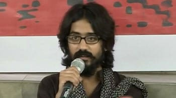 Video : Cartoonist Aseem Trivedi released from jail, says battle has just begun