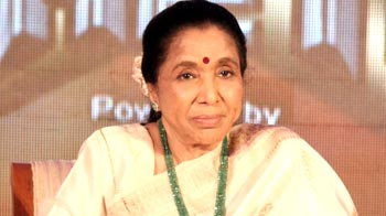 Video : Asha Bhosle makes her acting debut with Mai