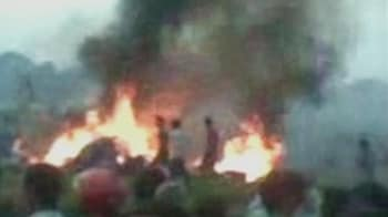 Video : 19 killed as plane crashes minutes after take-off in Nepal