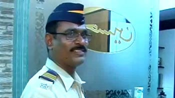 Video : Mumbai Police 'adopts' senior citizens