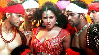 Sameera Reddy's new item song Kunda Khol