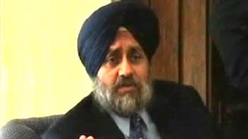 Video : 1 cr gift by Punjab leader to elite school is funded by taxpayers