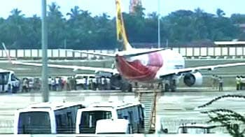 Video : Air India hijack drama: FIR against 6 passengers; 4 entered cockpit, says DGCA