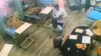 Video : Gurgaon hospital shooting: One dead, hunt on for armed men